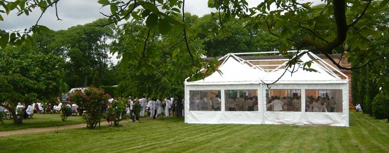 Barnums dans le jardin de l'Orangerie de Rochemontès